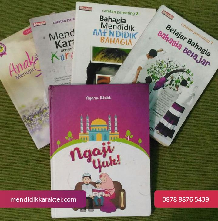 buku-paket-parentingbuku-pendidikan-karakter-mendidik-karakter-anak-iqra-balita